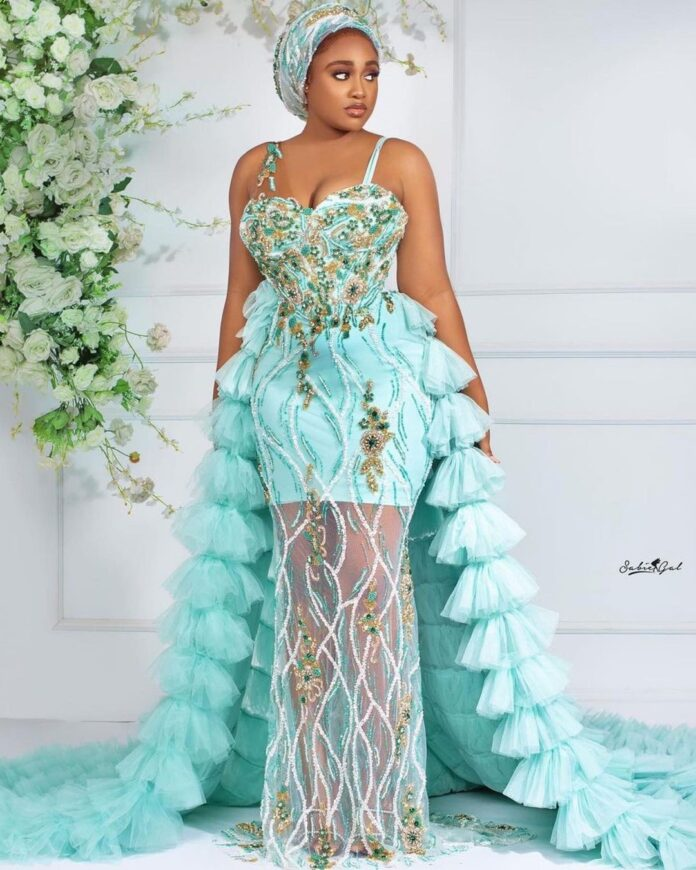 Elegant Asoebi Creative styles you would love.