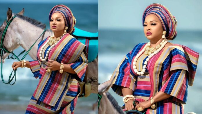 """""""No time for playing victim to get people's pity""""-Actress Mercy Aigbe Asserts as she stuns in lovely pictures"""